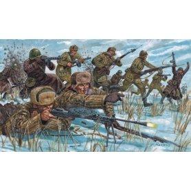 Italeri 6876 WWII Russian Inf.