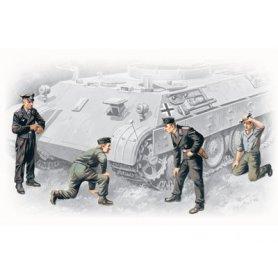 ICM 35211 GERMAN TANK CREW 1/35