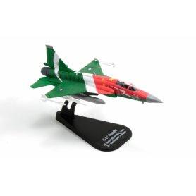 I48164 1:100 JF-17 THUNDER