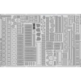 USS Arizona part 6 - superstructure Trumpeter .03701