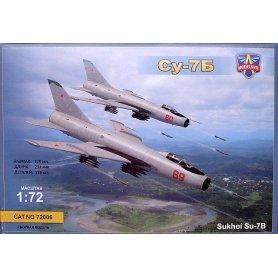 Model Svit 72006 Su-7B